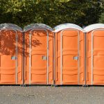 comment-eliminer-odeurs-toilettes-mobiles